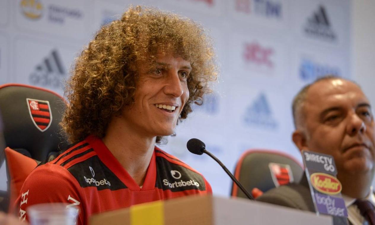 David Luiz fala pela primeira vez oficialmente como jogador do Flamengo, em coletiva de imprensa no Ninho do Urubu Foto: Marcelo Cortes / Flamengo