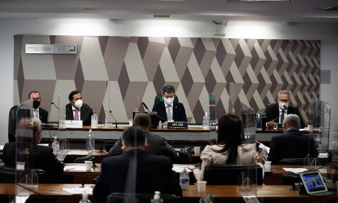 Advogado Marcos Tolentino, apontado como sócio oculto da FIB Bank, depõe na CPI da Covid Foto: Pablo Jacob / O Globo