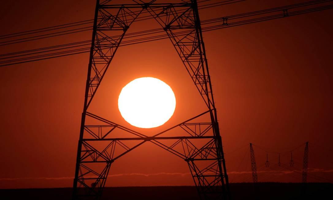 Na foto, linhas de transmissão de energia elétrica Foto: Ueslei Marcelino / Agência O Globo