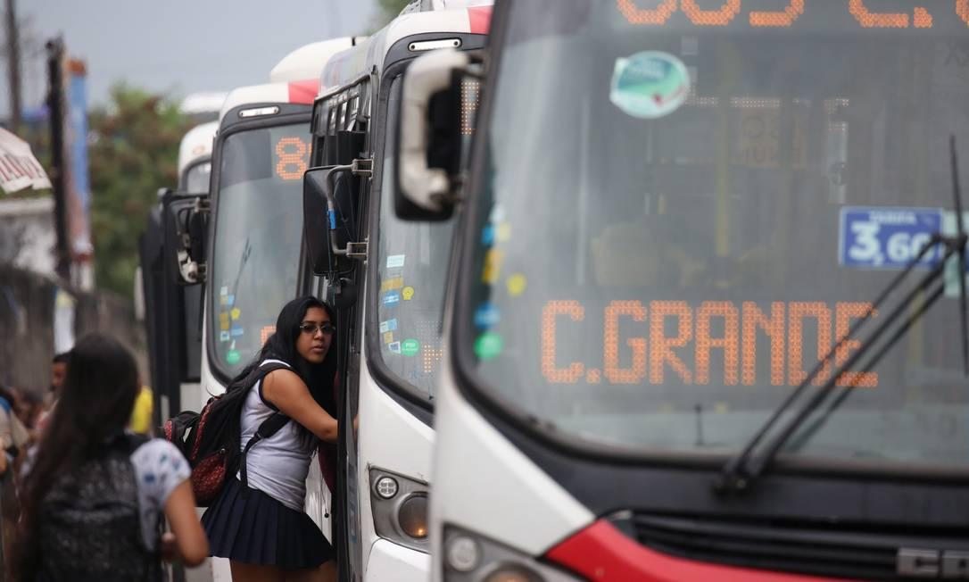 Consórcio Santa Cruz atende Zona Oeste e transporta 19% dos passageiros da cidade Foto: Custódio Coimbra / Agência O Globo