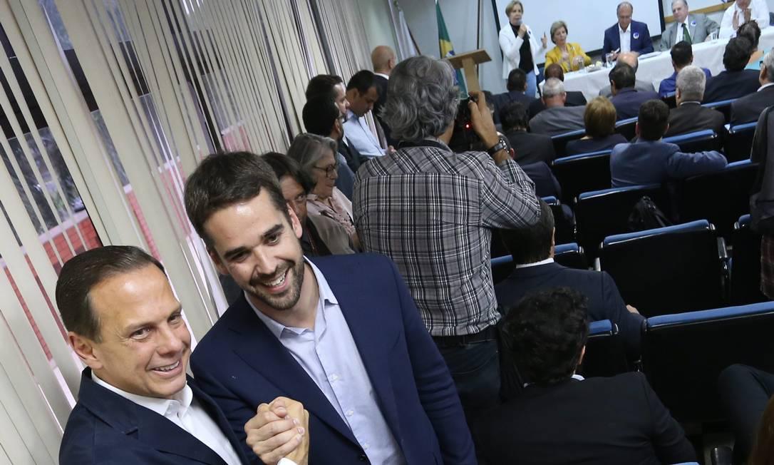 João Doria e Eduardo Leite Foto: Ailton de Freitas / Agência O Globo