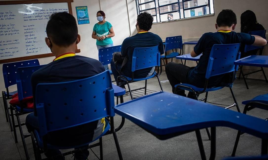 Depois da pandemia, alunos da Escola Estadual Homero de Miranda Leão, em Manaus, terão que enfrentar mudanças no ensino médio Foto: Raphael Alves / Agência O Globo