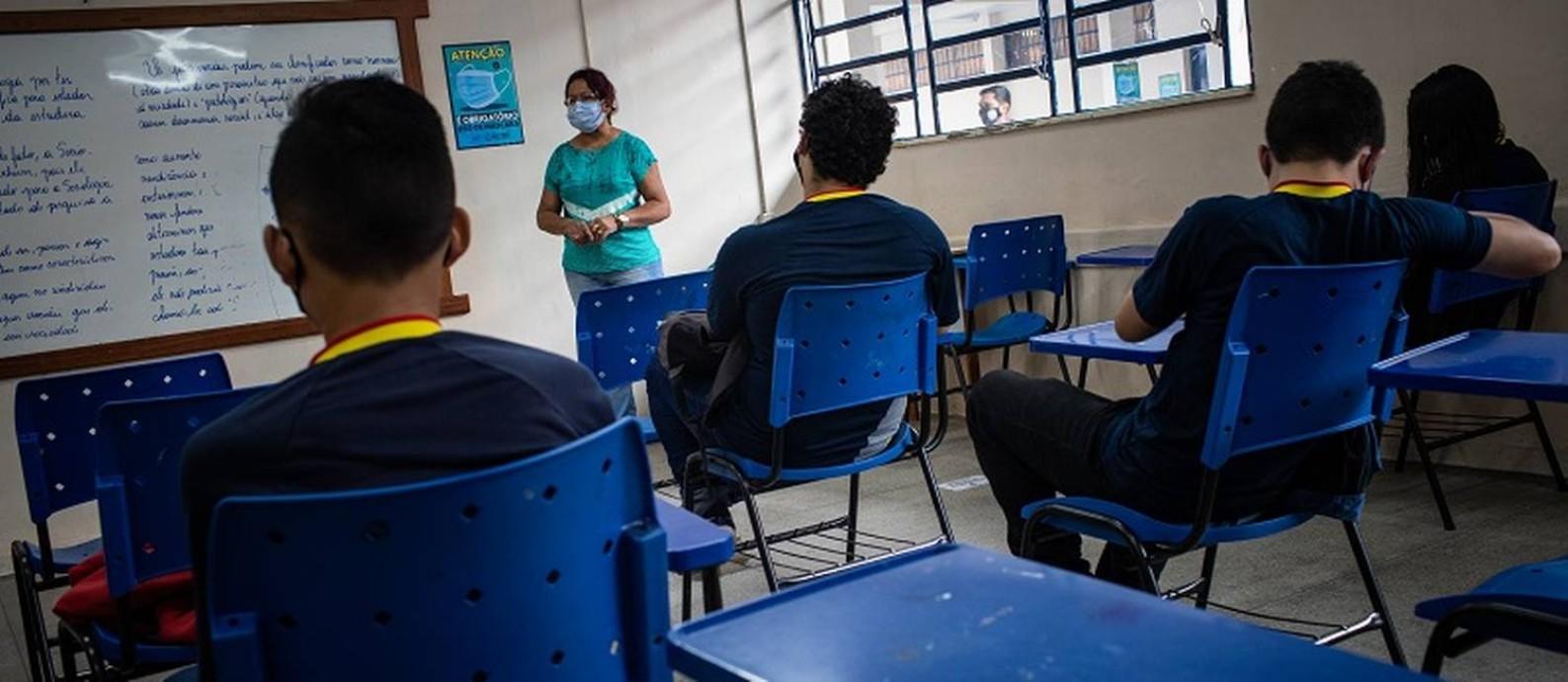 Depois de pandemia, alunos da Escola Estadual Homero de Miranda Leão, na Zona Norte de Manaus, se preparam para enfrentar mudanças no currículo do ensino médio Foto: Raphael Alves / Agência O Globo