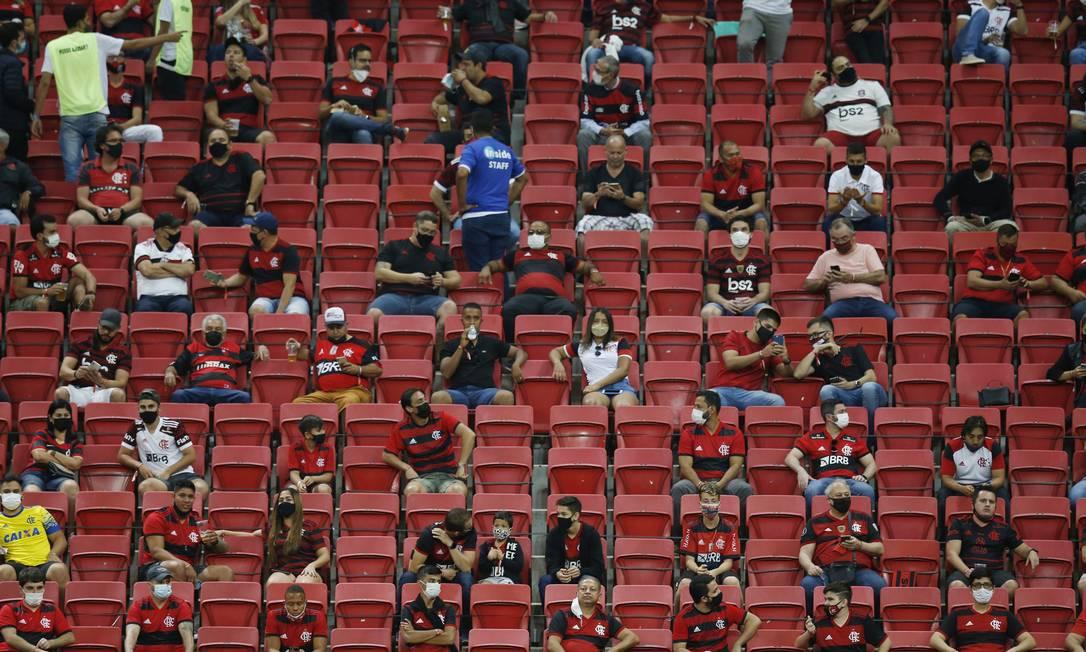 Flamengo x Olimpia. Partida das quartas de final da Libertadores, em Brasília, teve a presença do público Foto: ADRIANO MACHADO / Pool via REUTERS