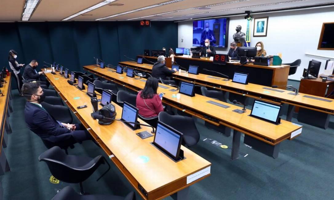 O texto aprovado na CCJ foi o substitutivo acatado anteriormente na Comissão de Finanças e Tributação (CFT). Foto: Divulgação