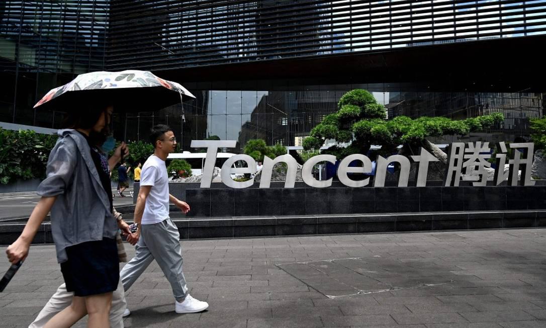 Sede em Shenzhen da Tencent, maior empresa de internet da China, que anunciou investimento equivalente a R$ 40,7 bilhões em programas sociais Foto: NOEL CELIS / AFP/28-5-21