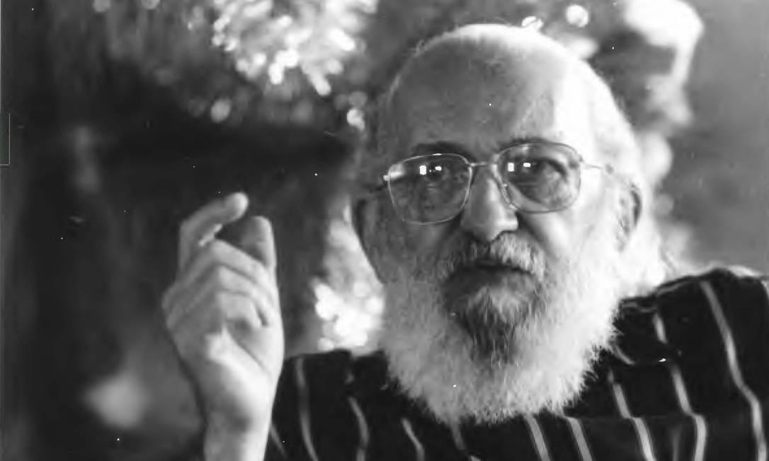 Paulo Freire durante entrevista em 1988 Foto: Amâncio Chiodi / Divulgação Itaú Cultural