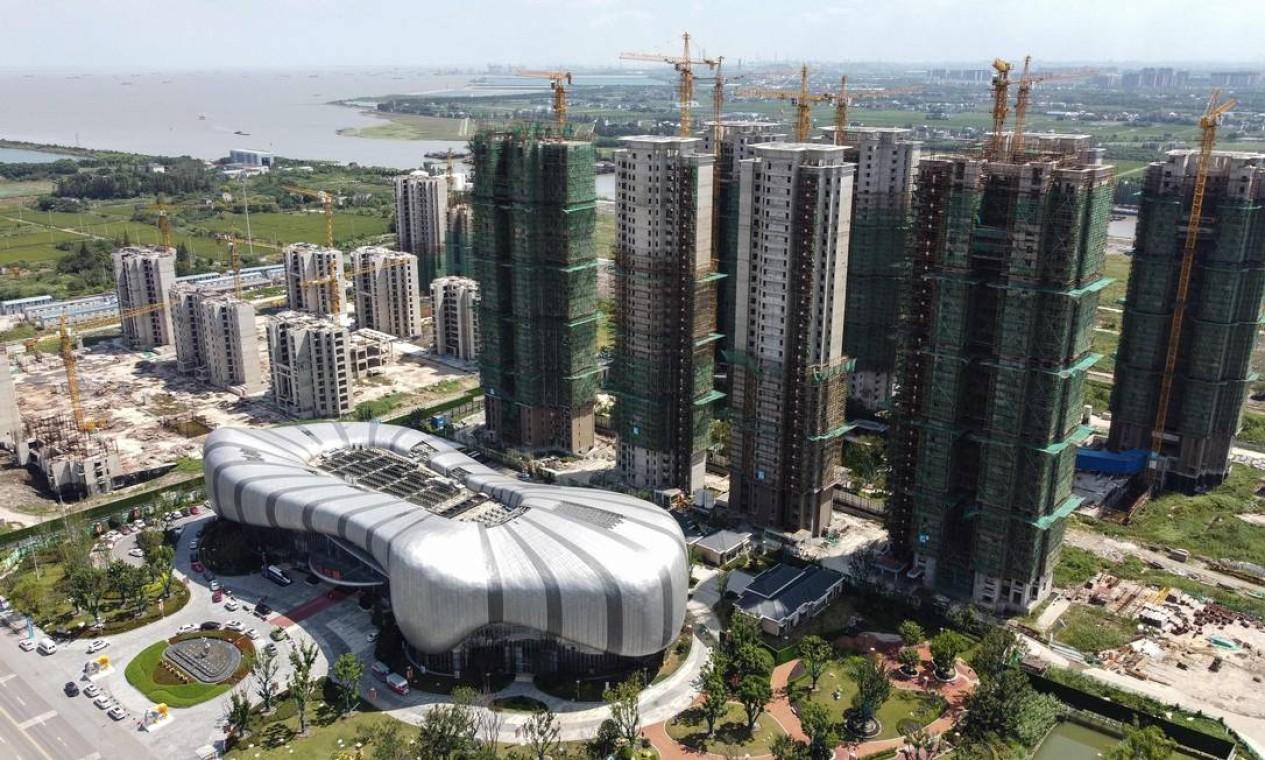 Foto aérea mostra a Evergrande Cultural Tourism City, um empreendimento de uso misto, em Taicang, cidade de Suzhou, na província de Jiangsu, no leste da China Foto: VIVIAN LIN / AFP