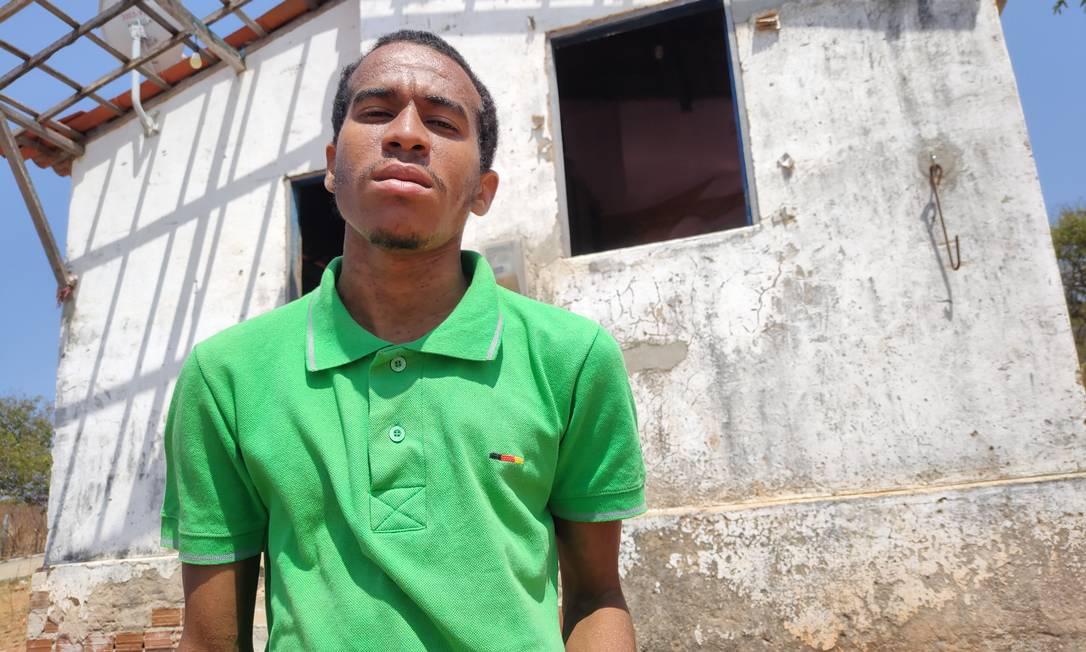 Luciano Simplício, que vive em situação de rua, foi amarrado e agredido Foto: Rafael Duarte