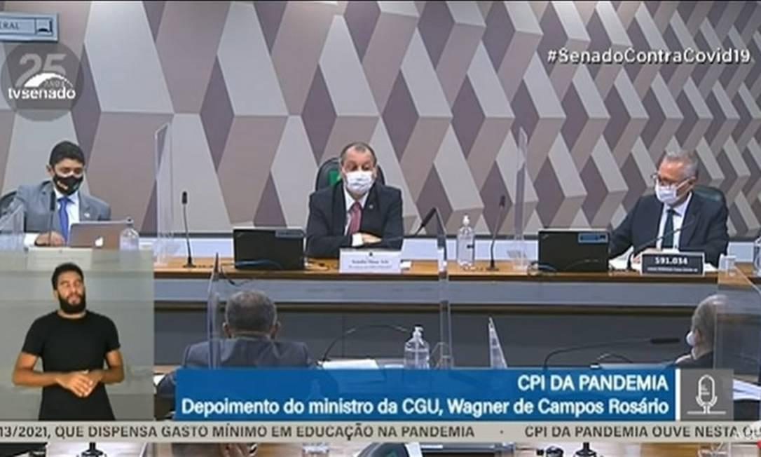 """Áudio vaza em momento que Omar Aziz chama Wagner do Rosário de """"petulante para c..."""". Foto: Reprodução / TV Senado"""