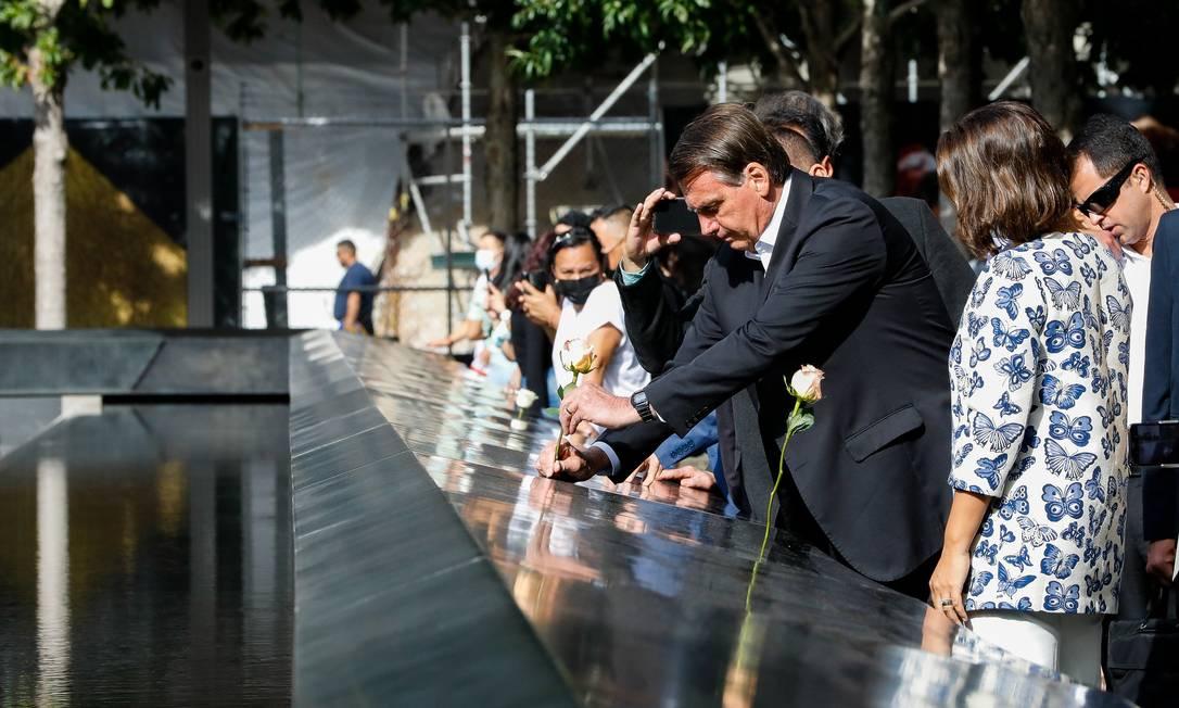 Sem máscara, Bolsonaro visita memorial do 11 de Setembro, em Manhattan Foto: Alan Santos / PR - 21/09/2021