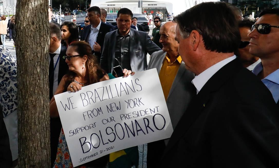 Bolsonaro encontrou apoiadores durante a visita ao memorial 11 de Setembro Foto: Alan Santos / PR - 21/09/2021