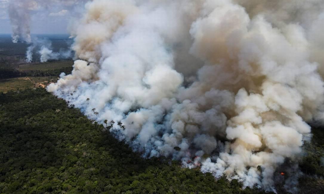 Incêndio atinge a vegetação de floresta amazônica no início de setembro Foto: BRUNO KELLY / Reuters