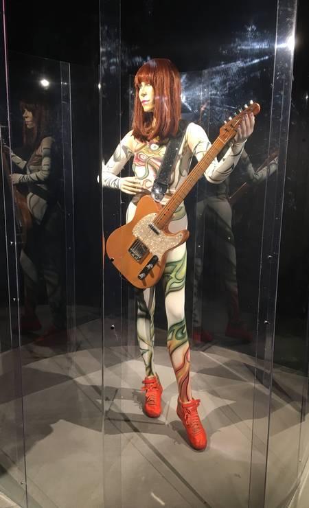 A guitarra Rute, de 1954, a mais usada por Rita em shows Foto: Luccas Oliveira