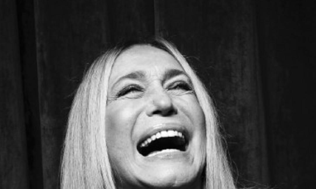 Susana Vieira, à vontade, na volta aos palcos Foto: Leo Aversa / Leo Aversa