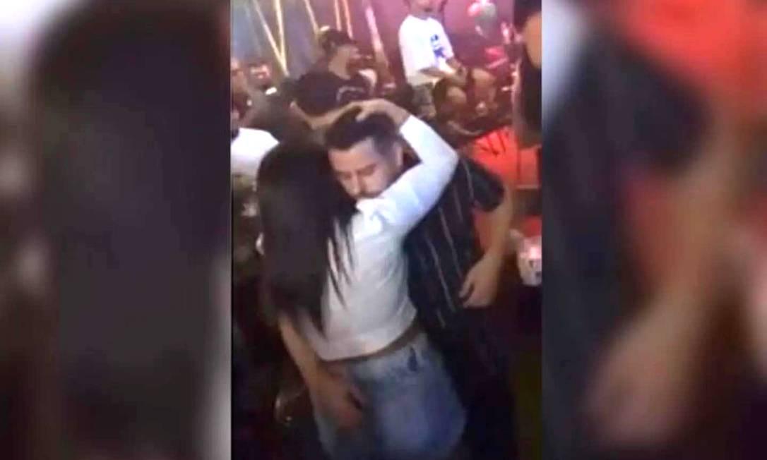 Homem filmado em festa foi identificado como padre de Ananindeua Foto: Reprodução
