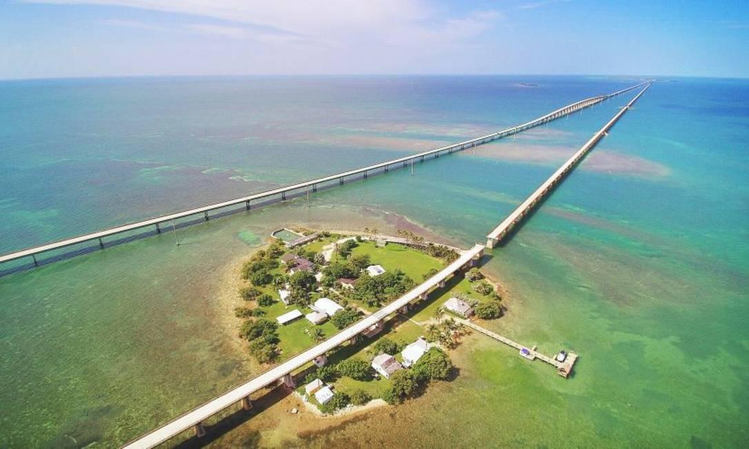 Uma das 42 pontes que integram a Florida Keys Highway, no sul da Flórida Foto: Visit Florida / Divulgação