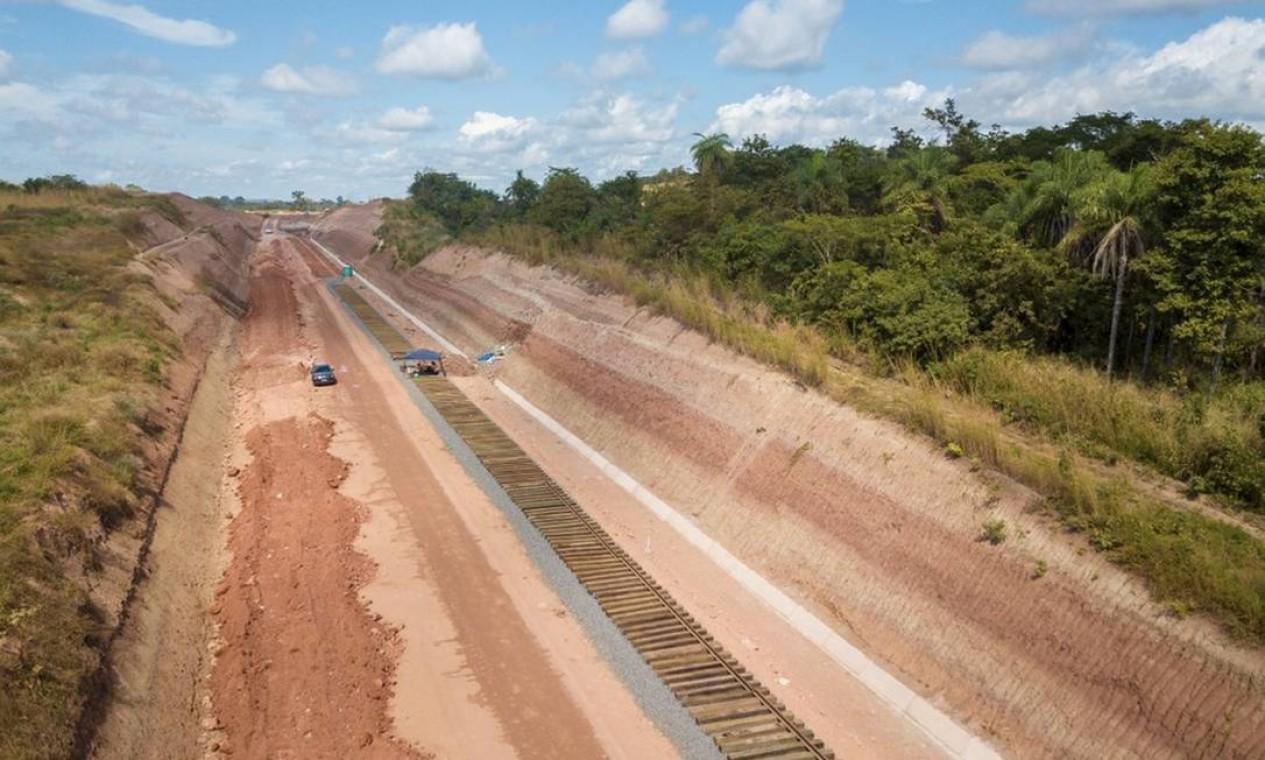 Região onde foram encontrados os fósseis de dinossauro, em Davinópolis Foto: Divulgação / Brado