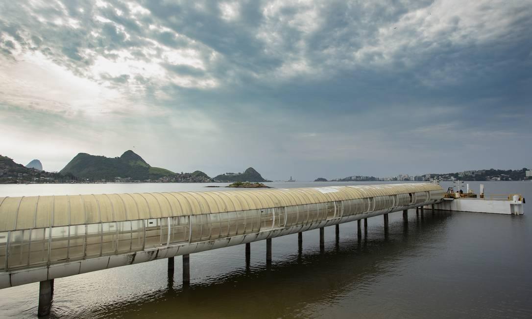 A estação das Barcas em Charitas está gora de operação há mais de um ano Foto: Agência O Globo / Ana Branco