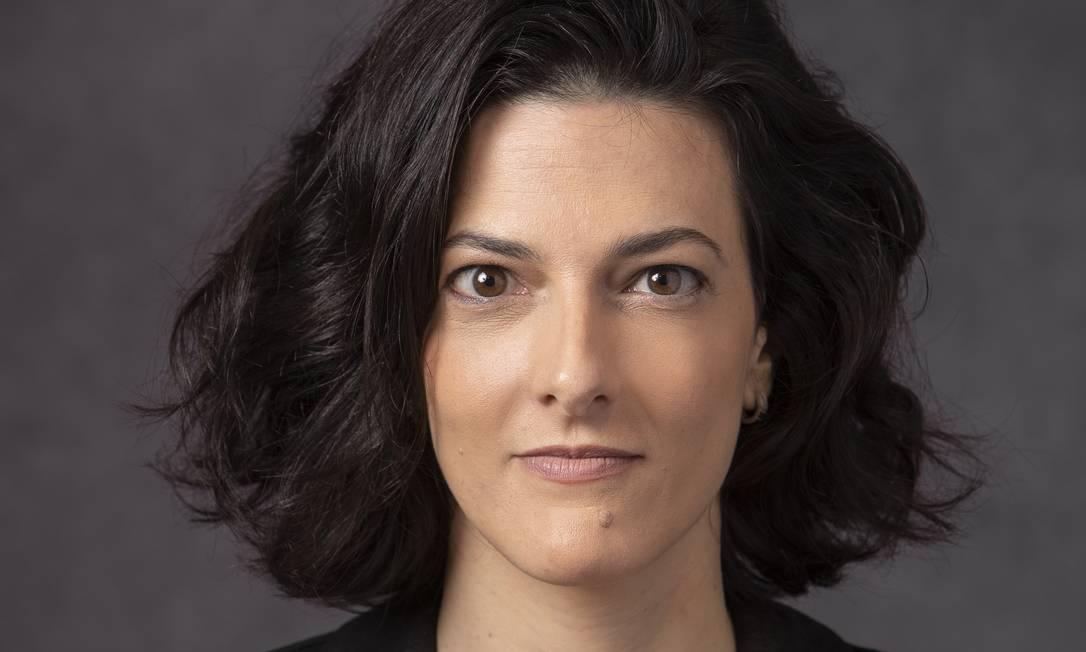 """A jornalista Cristina Fibe, autora do livro-reportagem """"João de Deus — O abuso da fé"""" Foto: LEO AVERSA"""