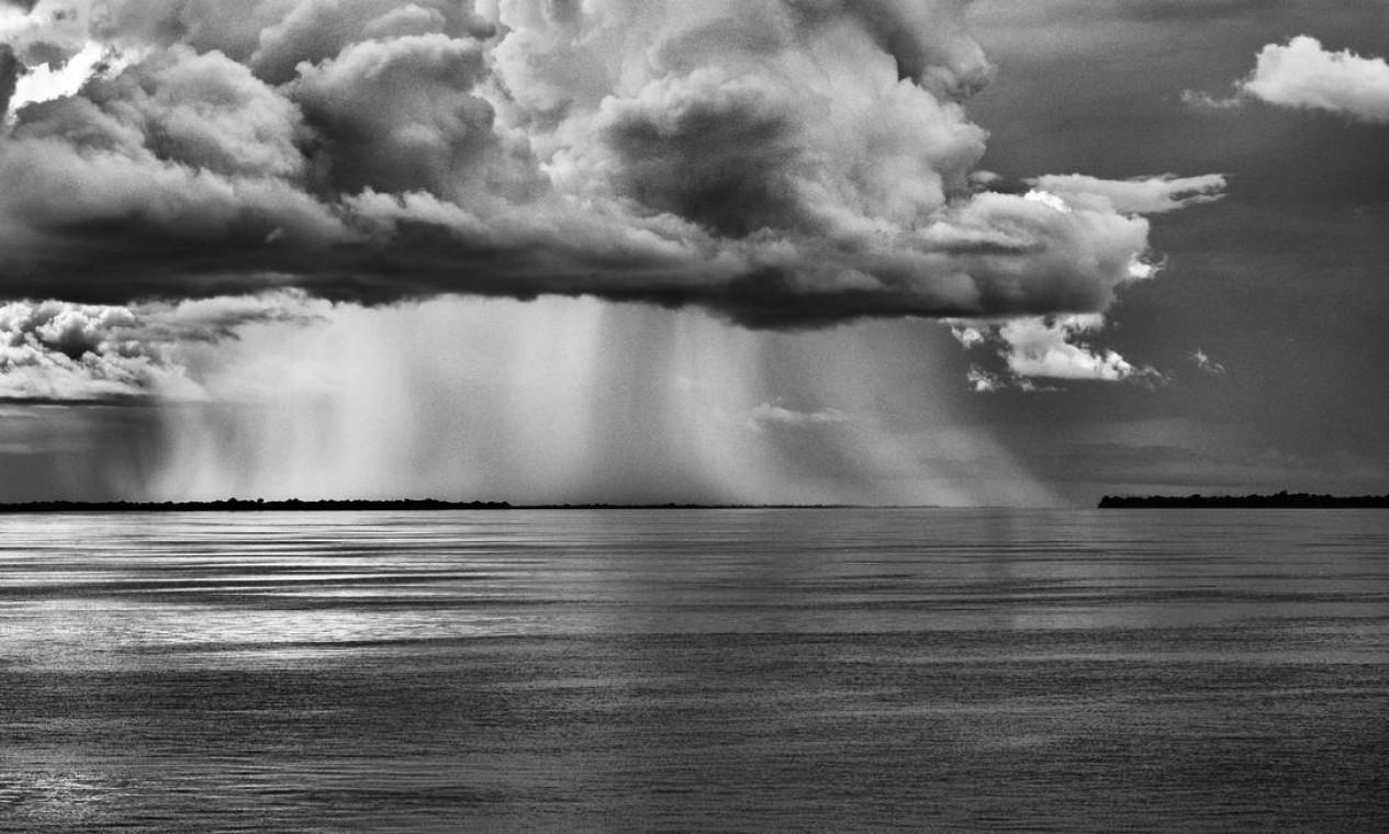 Rio Negro, Amazonas Foto: Sebastião SALGADO / Divulgação