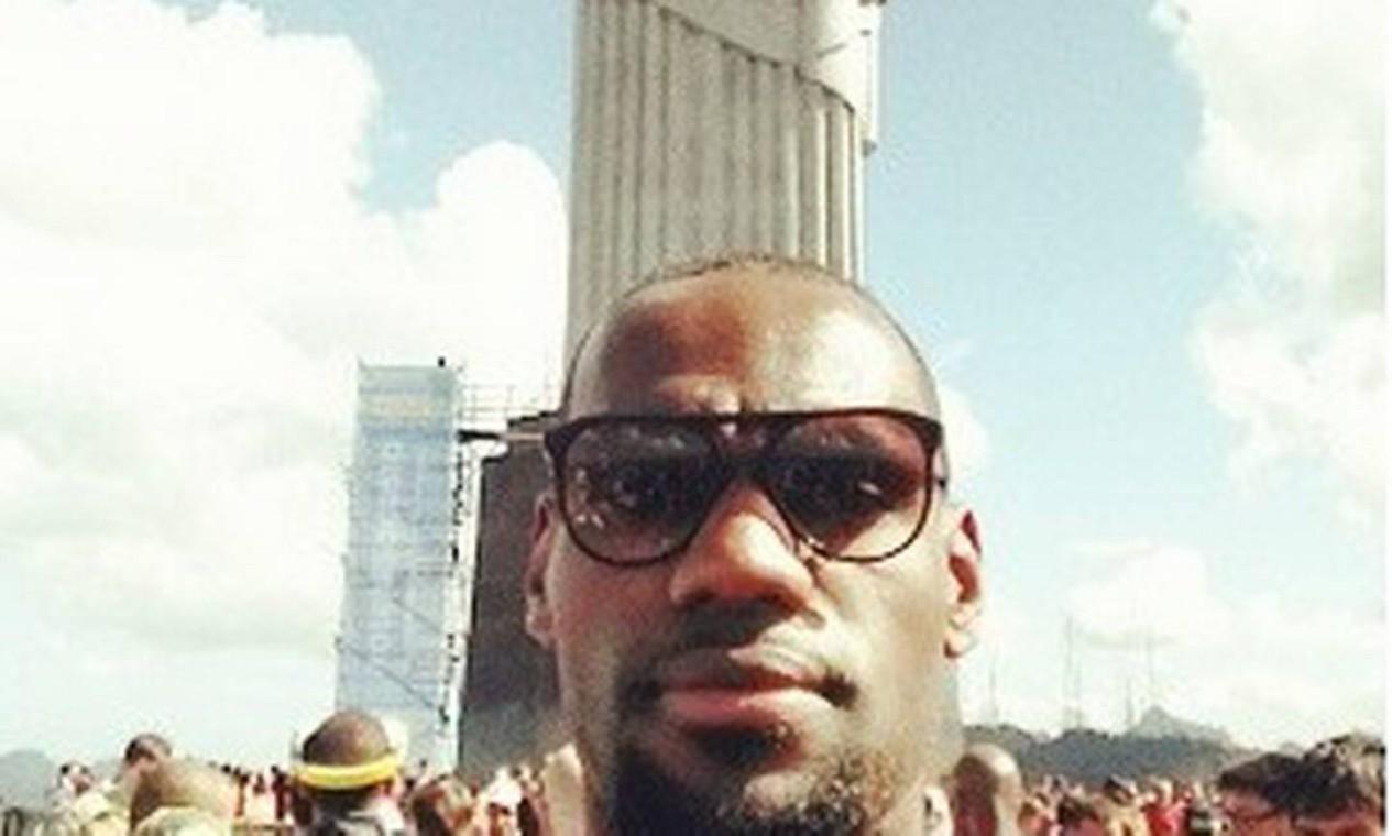 LeBron James durante uma visita, 2014 Foto: Reprodução/Instagram