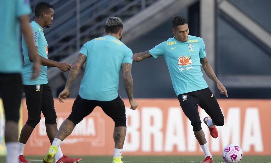 Raphinha deve ser titular contra o Uruguai Foto: Lucas Figueiredo/CBF / Lucas Figueiredo/CBF