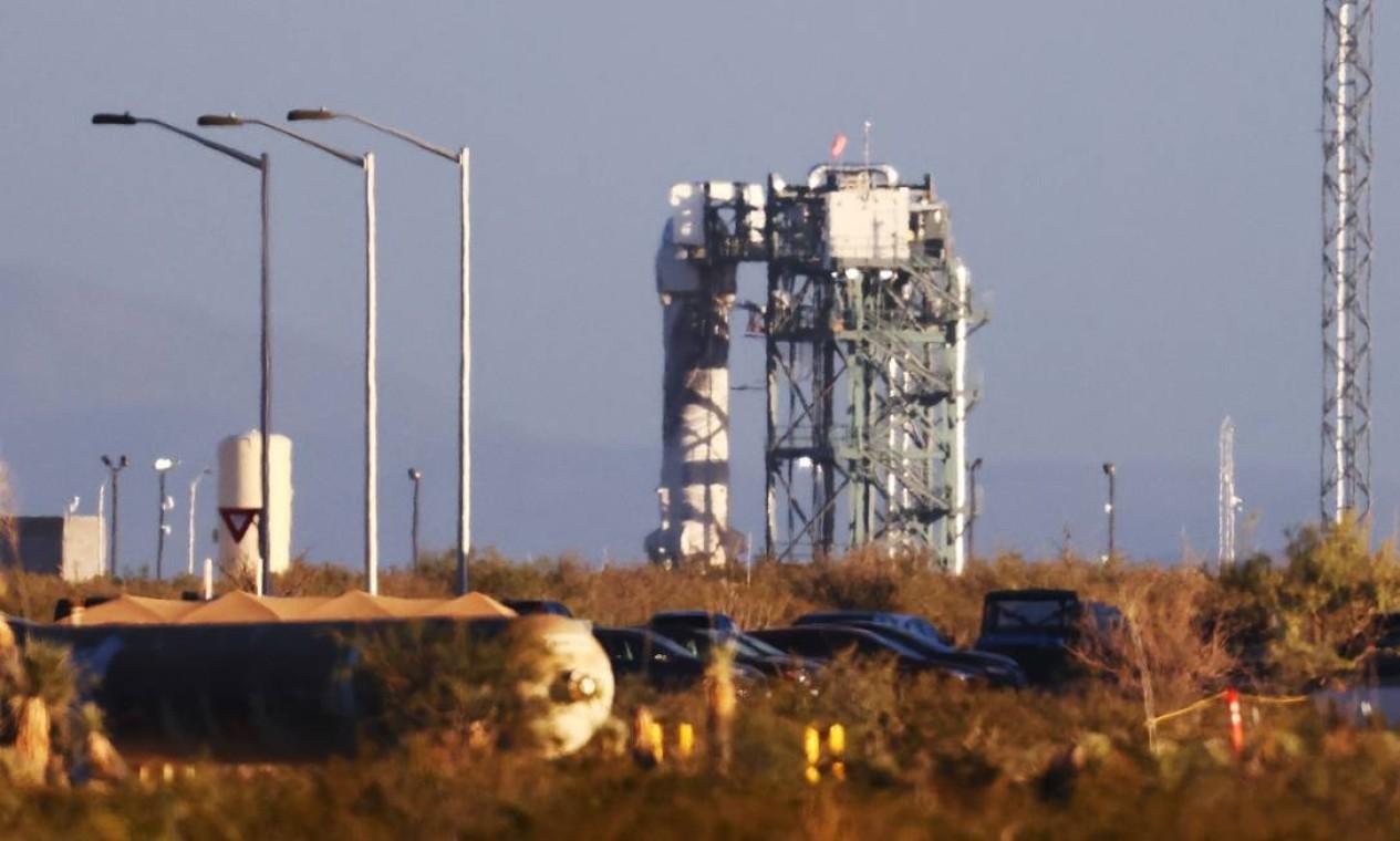 O lançamento estava previsto para ocorrer inicialmente às 11h, no horário de Brasília, mas atrasou. O foguete decolou por volta de 11h50 Foto: MARIO TAMA / AFP