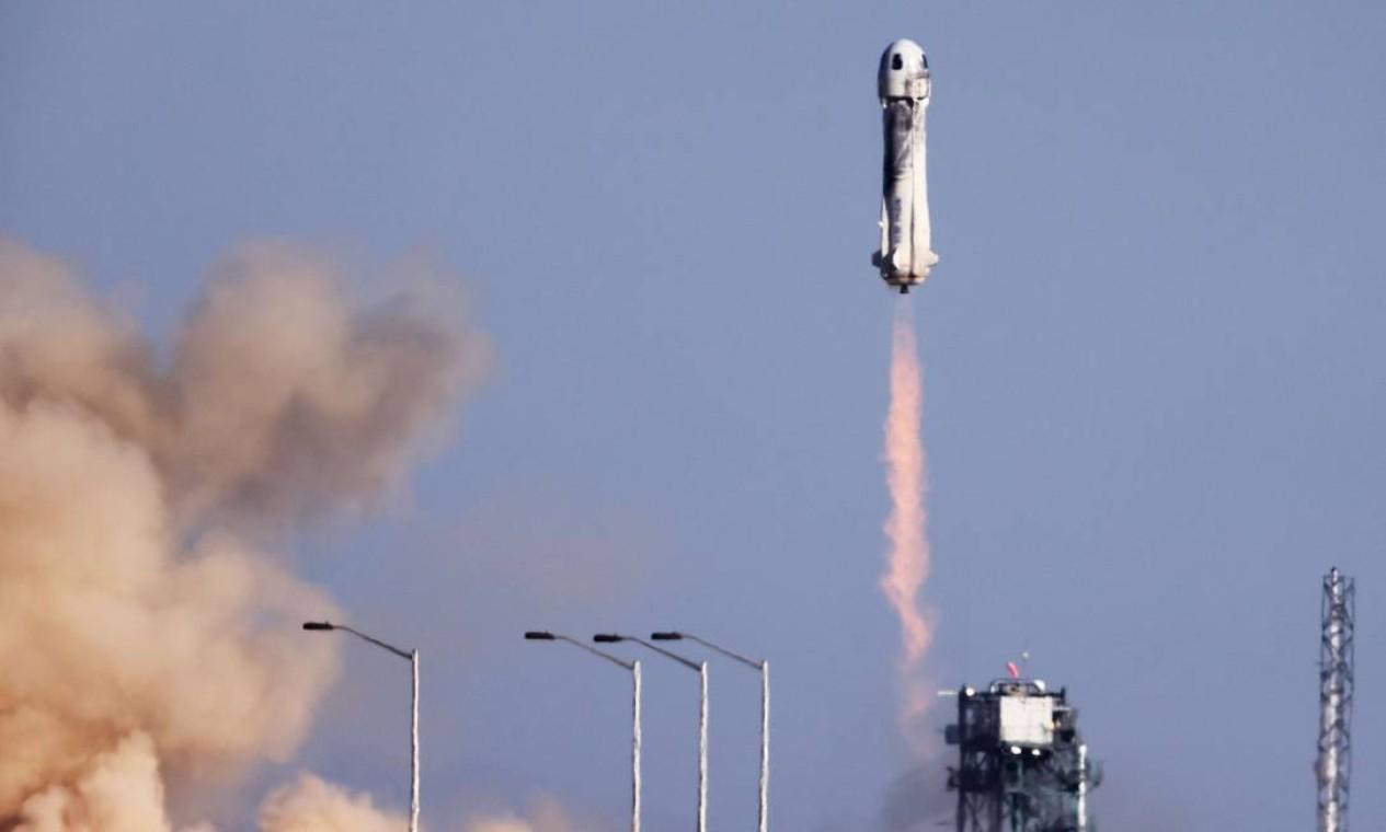 Um voo médio com o New Shepard dura um total de 11 minutos do início ao fim Foto: MARIO TAMA / AFP