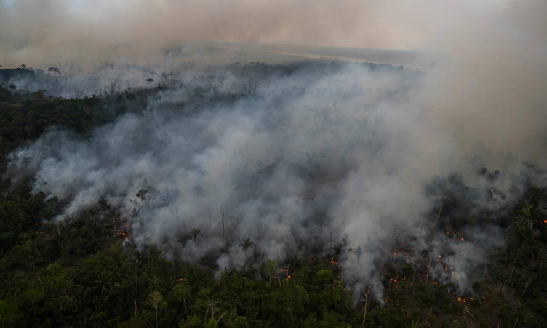 Queimadas ilegais registradas na Floresta Amazônica, no dia 15 de setembro Foto: MAURO PIMENTEL / AFP