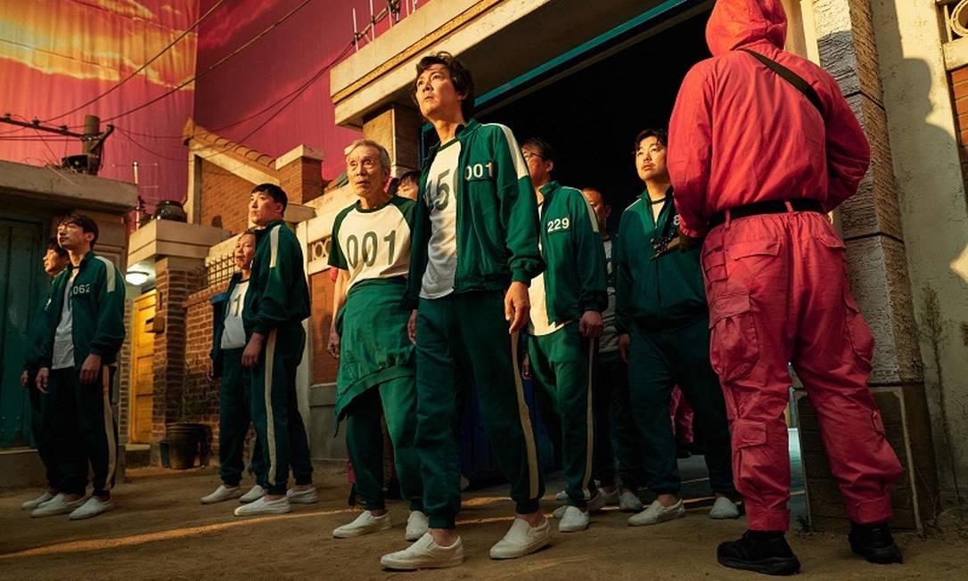 Cena da primeira temporada de 'Round 6', série original da Netflix Foto: YOUNGKYU PARK / AFP