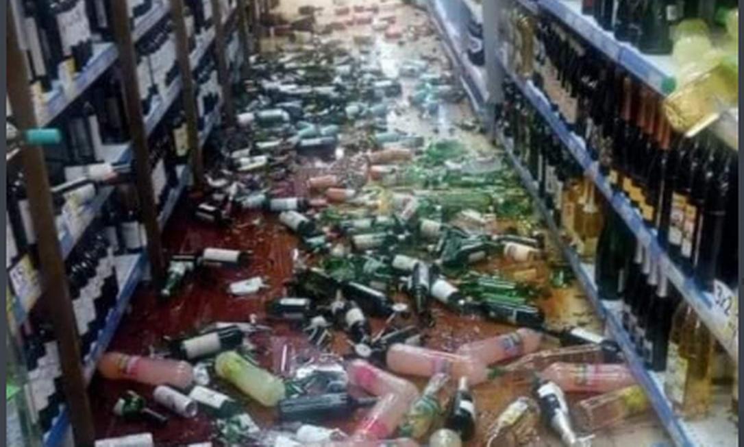 Terremoto na Argentina derrubou produtos de prateleiras Foto: Twitter / Reprodução