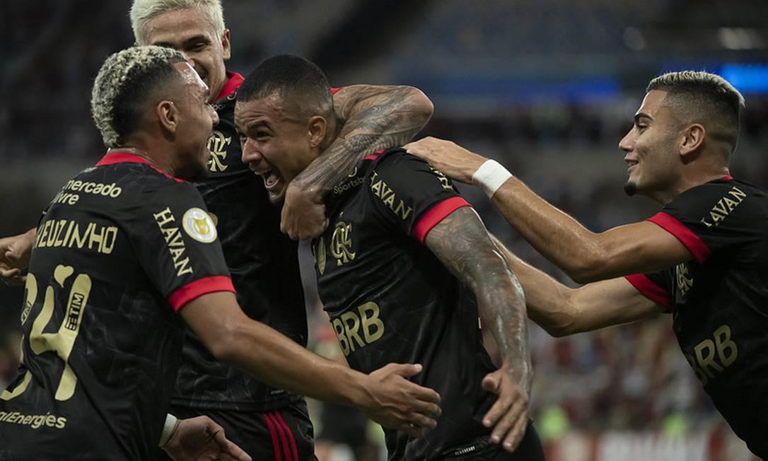Jogadores do Flamengo comemoram gol Foto: Divulgação