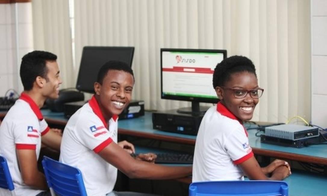 As inscrições para o Programa Educar para Trabalhar devem ser realizadas por meio de edital da Secretaria Estadual da Educação (SEC). Foto: Divulgação