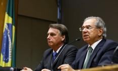O presidente Jair Bolsonaro e o ministro da Economia Paulo Guedes, durante declaração à imprensa. Foto: Clauber Cleber Caetano/PR