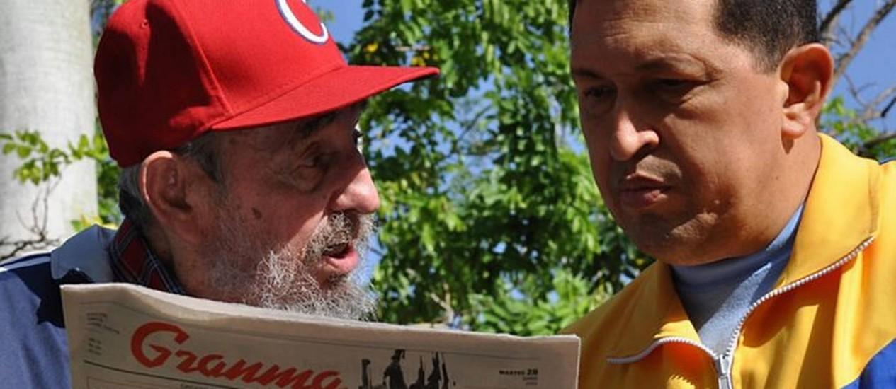 Fidel Castro e Hugo Chávez em Havana AFP