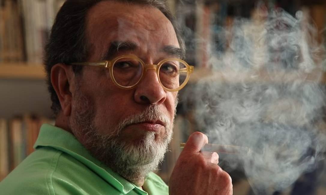 Na foto o escritor e jornalista, Fernando Morais. Foto Michel FilhoAgência O Globo