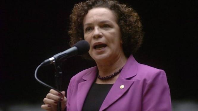 A deputada Fátima Pelaes em foto da Agência Câmara
