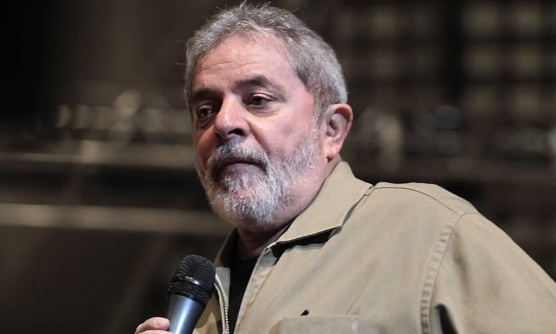 O ex-presidente Lula está preso em Curitiba desde abril do ano passado Foto: Marcos Alves