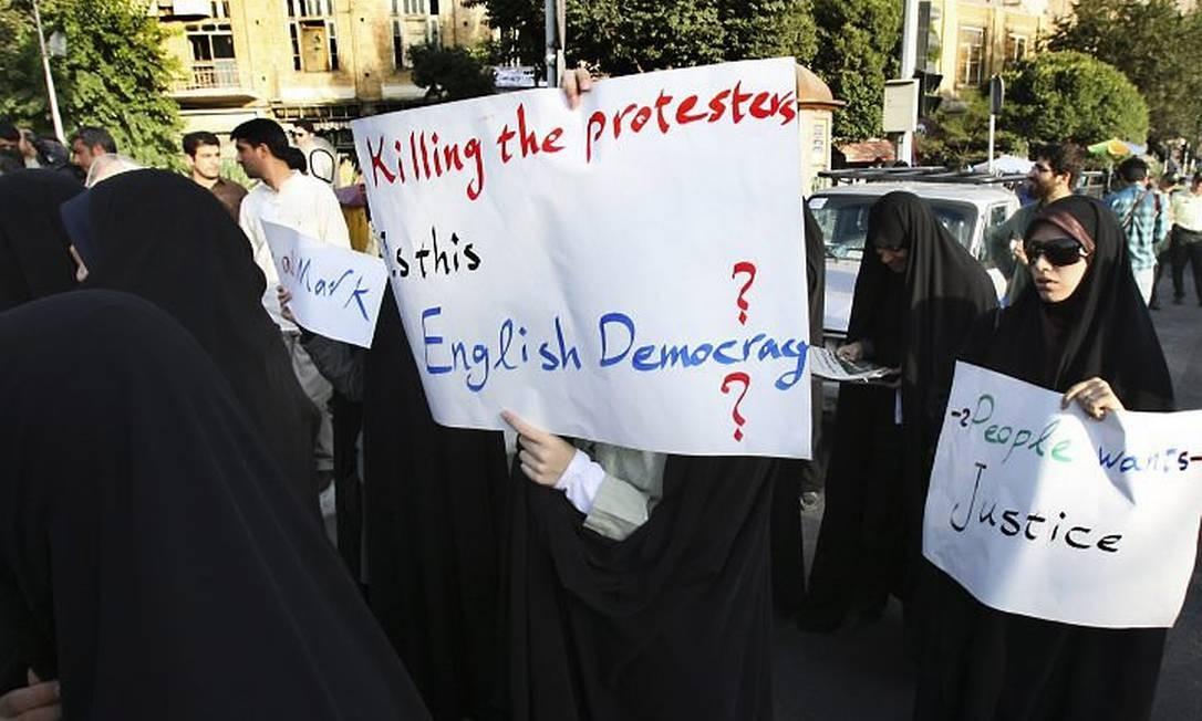 O protesto em Teerã Reuters