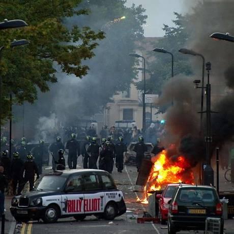 Controntos na periferia de Londres,: Hackney foi um dos bairros atingidosAFP