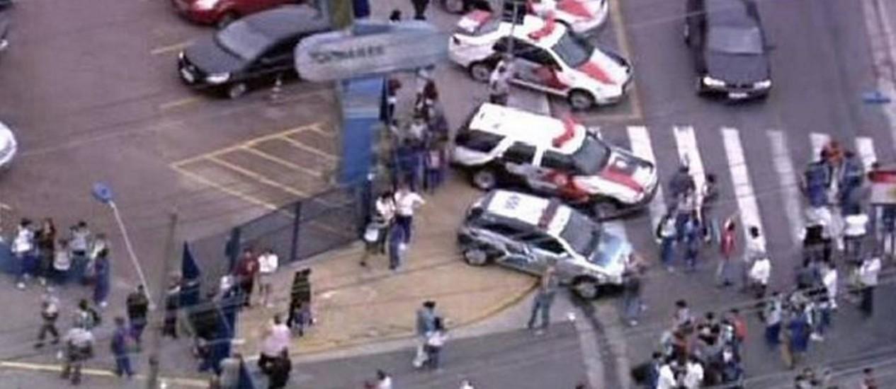 TRAGÉDIA: Aluno de 10 anos atira em professora e depois se mata em escola de São Caetano do Sul, SP