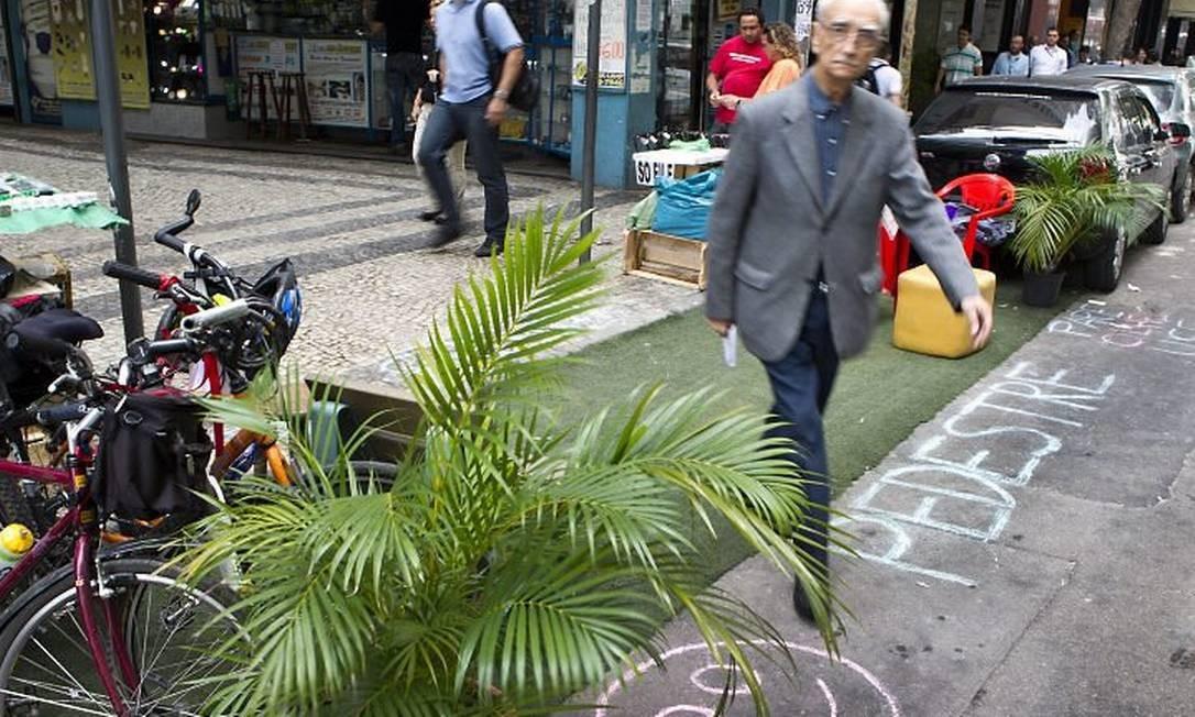 Rio de Janeiro (RJ) Manifestação a favor do uso de bicicletas em detrimento do uso de carros. Foto Guito Moreto Agência O Globo.