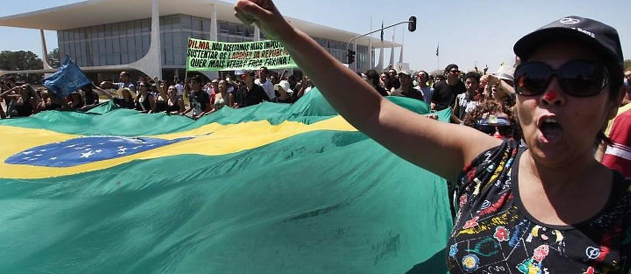 Marcha contra a corrupção, em Brasília - Foto de Givaldo Barbosa