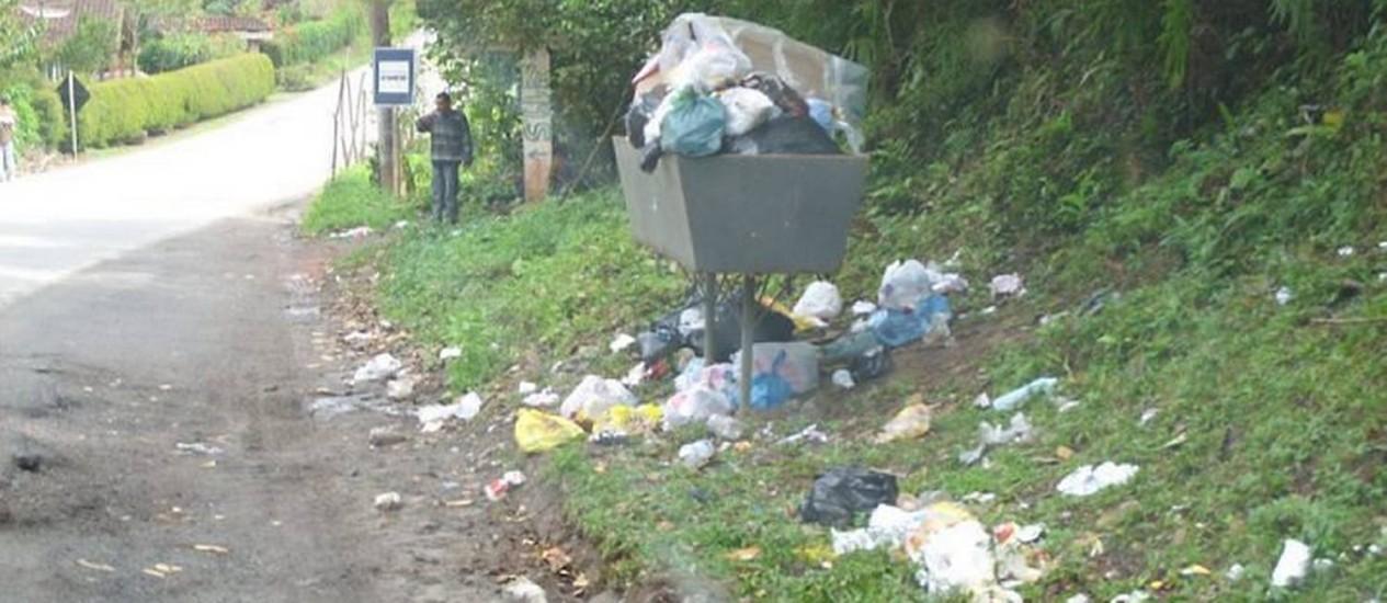 Eu-repórter: leitor diz que a coleta de lixo em Lumiar é deficiente Foto do leitor Flávio Martins