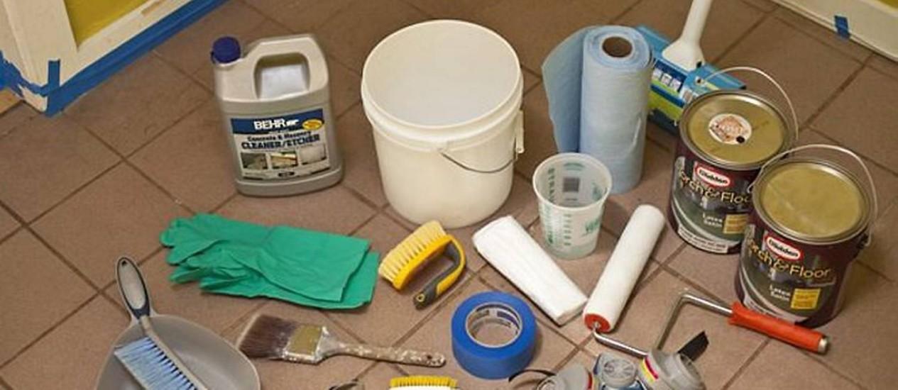 Com materiais de baixo custo e fáceis de encontrar, é possível dar cara nova para o seu piso Foto: Reprodução InternetCraftzine
