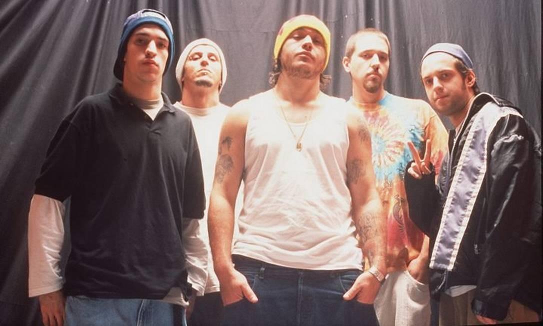 A banda no início da carreira, em 2000 Crédito: Arquivo
