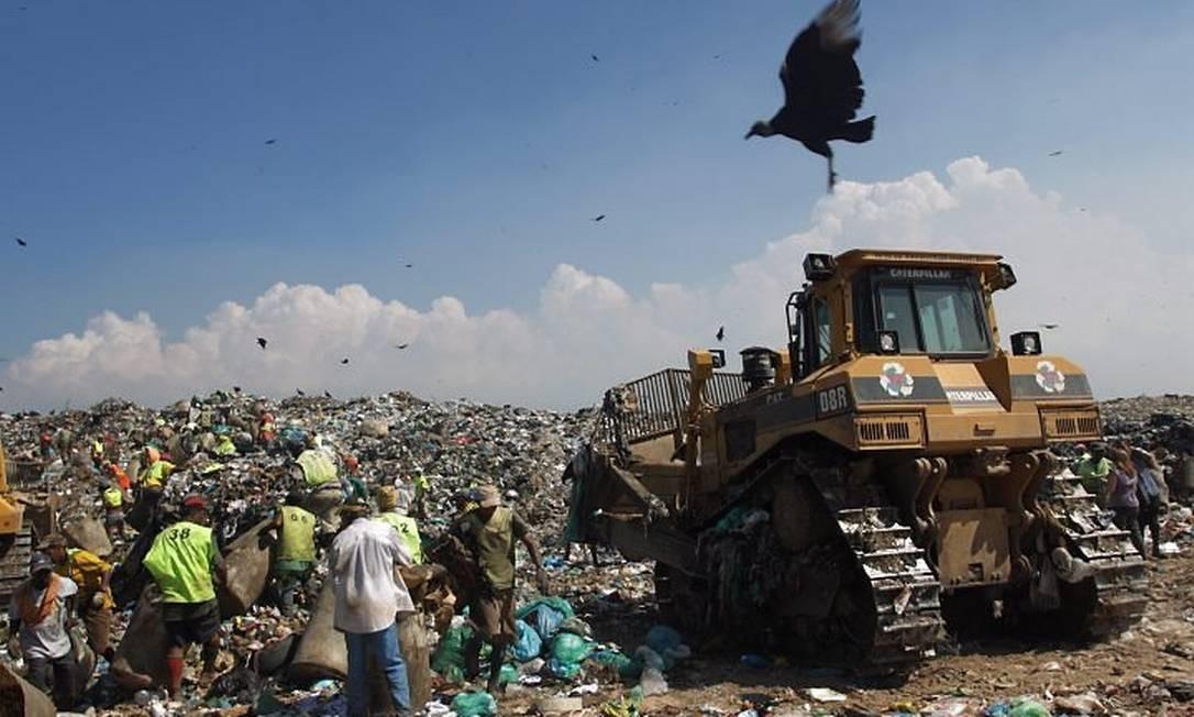 Desativação do Aterro Sanitário de Gramacho vai reduzir emissões de gases do efeito estufa no Rio. Foto de Gabriel de Paiva