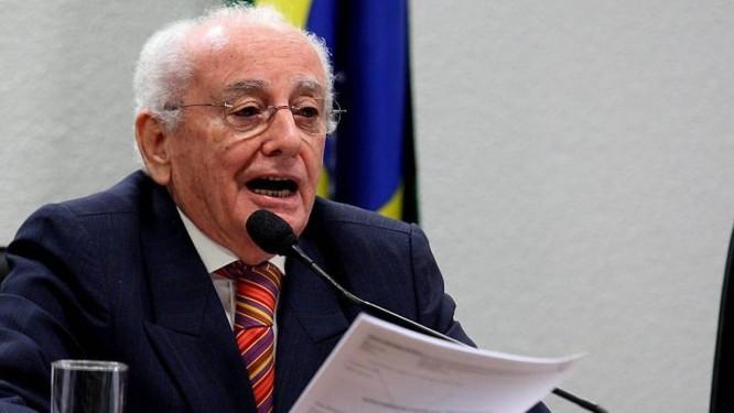 O ministro do Turismo Pedro Novais em foto de Aíton de Freitas