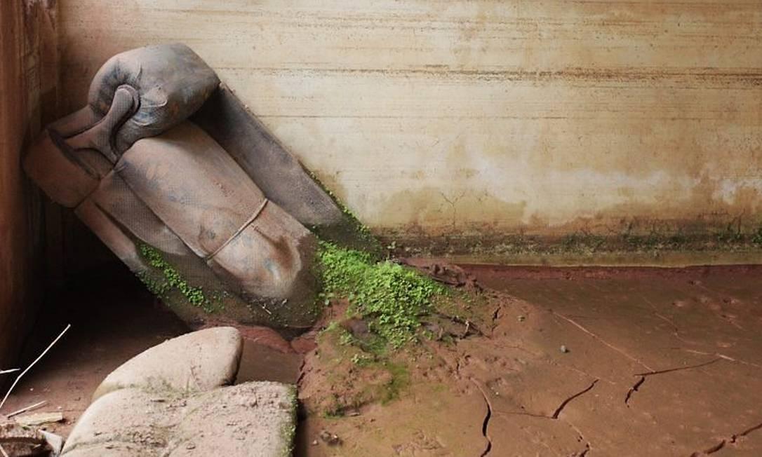 Estado das casas que foram abandonadas após as chuvas em FriburgoFoto: Gabriel de Paiva - O Globo